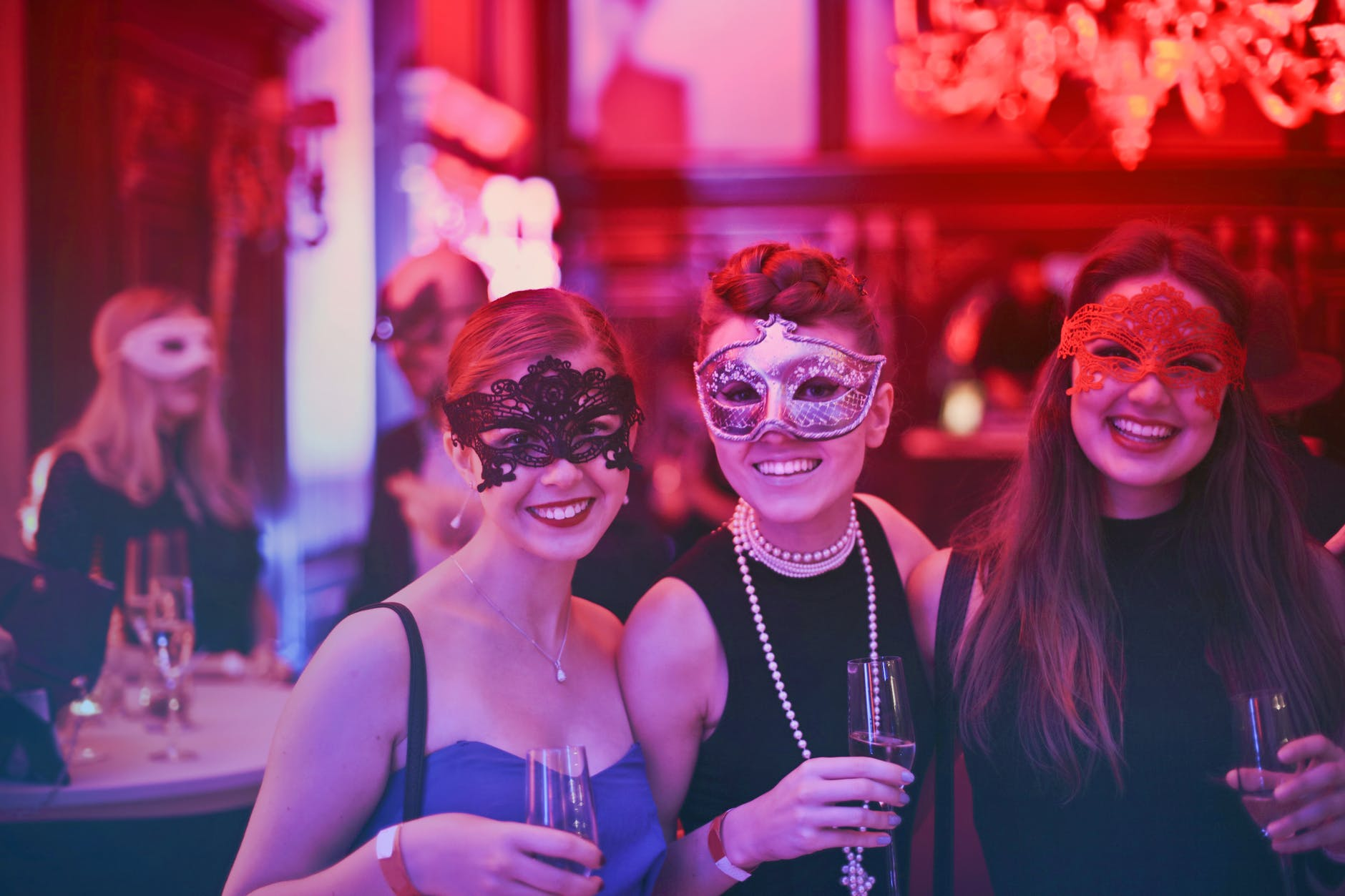 Throw a Fantastic Bachelorette Bash with Fun Hens Night Items